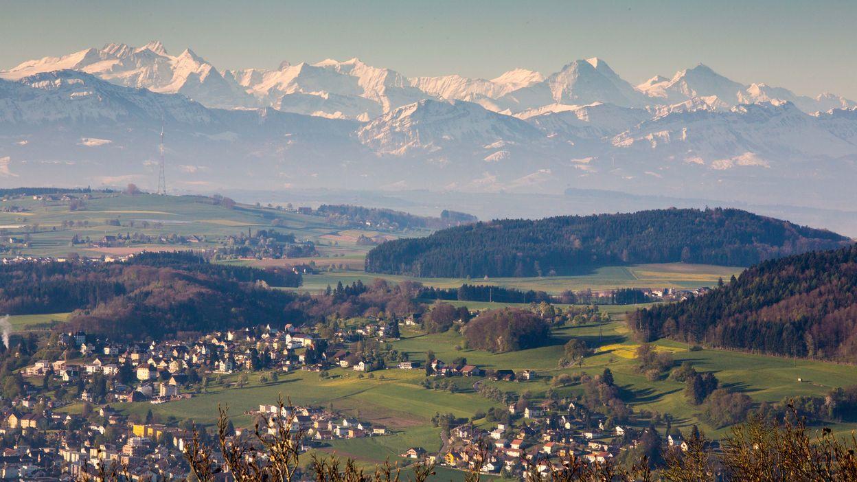 Lueget vo Bärg is Tal. Höhenweg aargauSüd