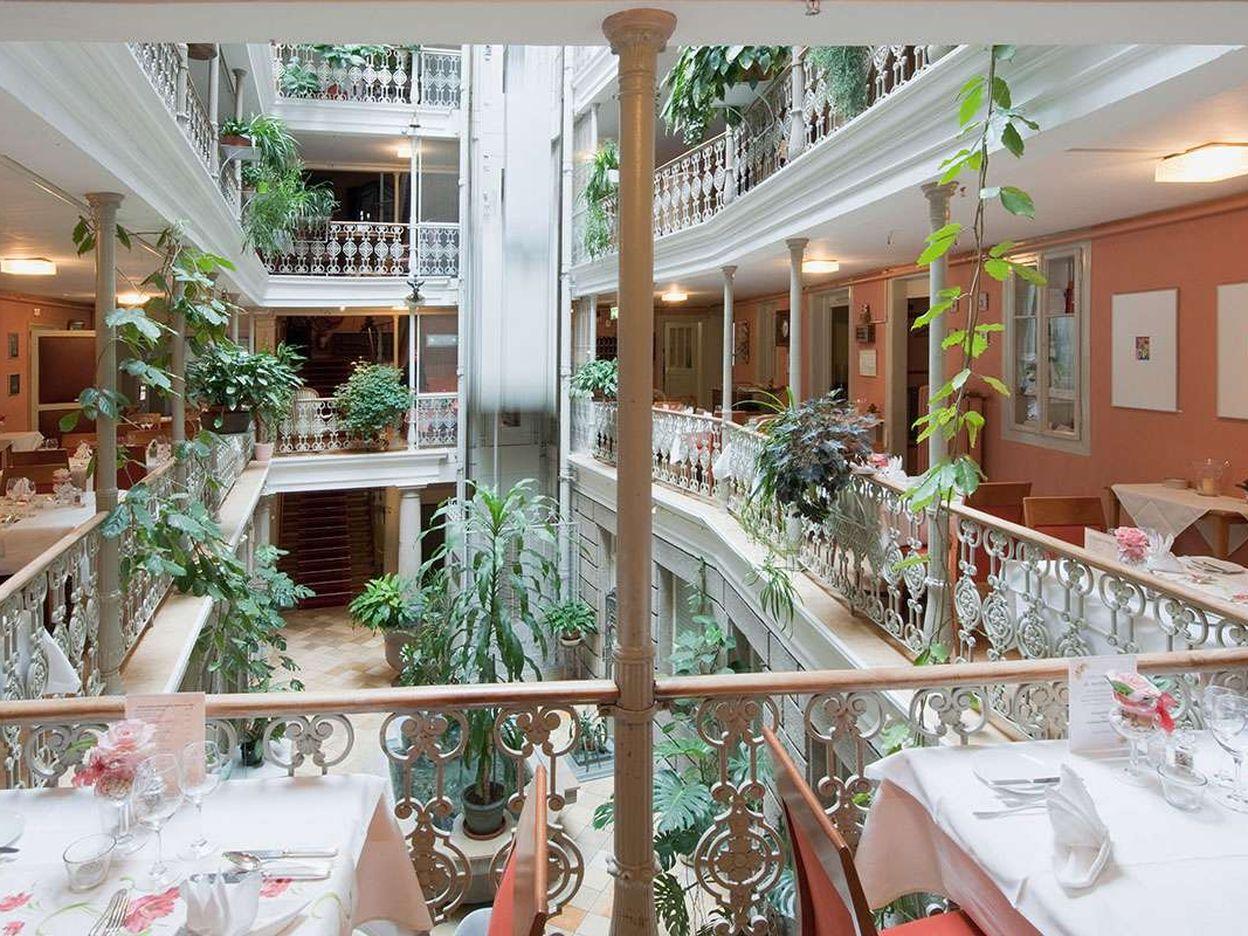 Atrium-Hotel Blume Baden