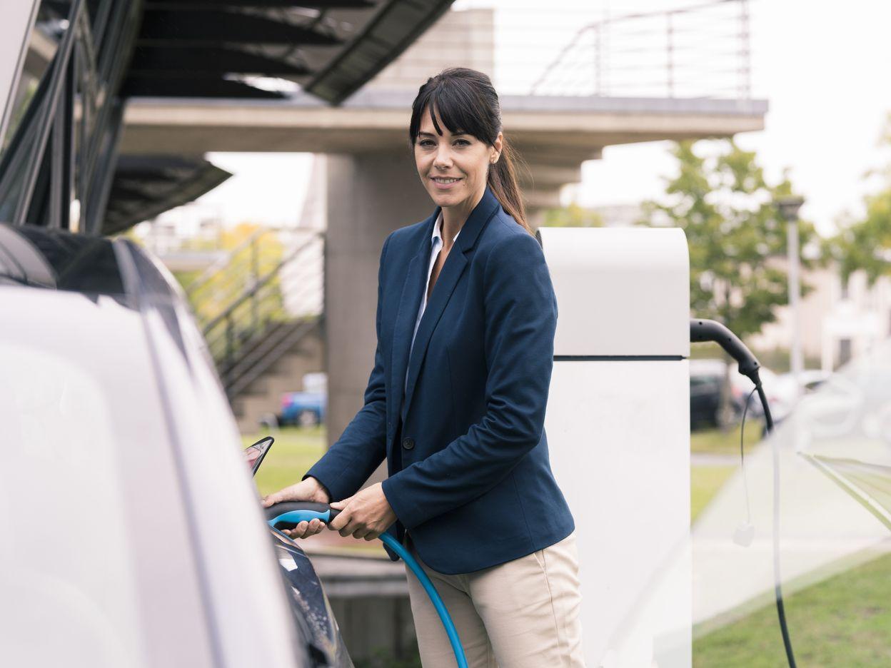 Mit E-Autos und Kombi-Abos zur mehr Nachhaltigkeit