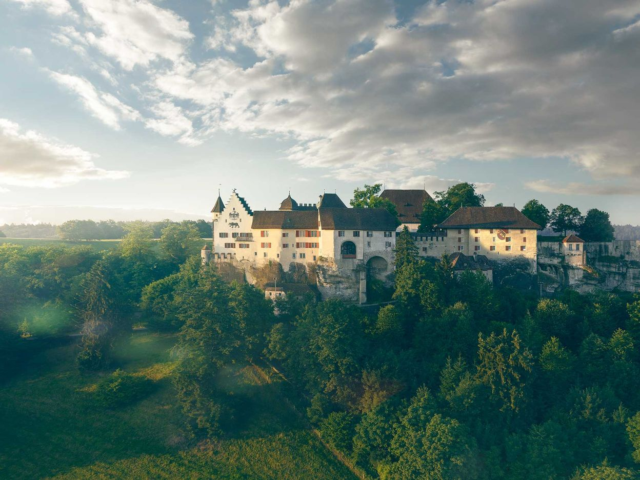 Lenzburg Castle – for Knights and Dragons